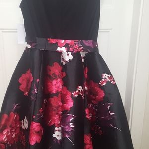 Gorgeous big size 12 dress  brand new with tag